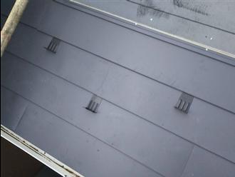 ガルバリウム鋼板で葺き替え