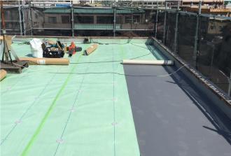雨漏りした陸屋根の防水工事