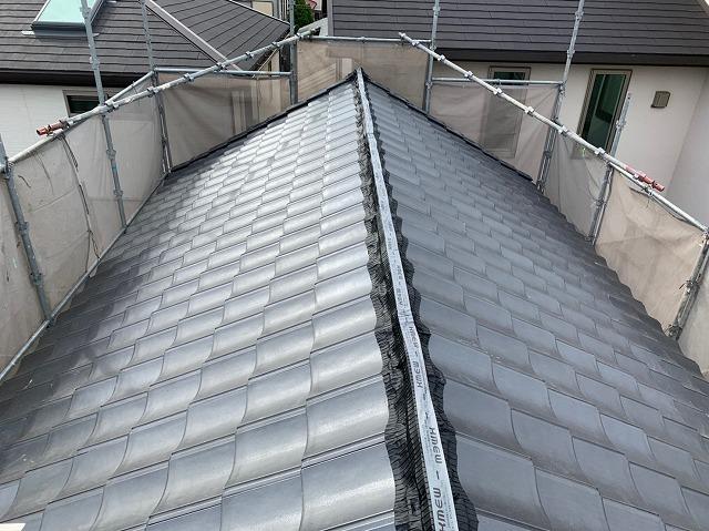 八尾市の蔵の屋根 ルーガ葺き工事