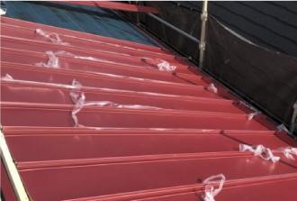 金属屋根を用いたカバー工法