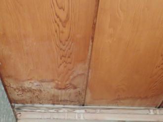千葉市花見川区幕張町にて防水紙の劣化による雨漏りのご相談、屋根葺き替え工事をご提案いたしました