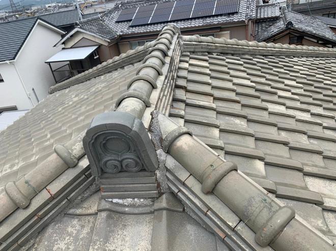 奈良市H様邸で、寄棟屋根(よせむねやね)での漆喰(しっくい)の剥がれ発覚!