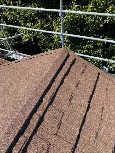 施工完了後の屋根です。葺き替えを行う事で、お家の印象が変わり、まるで建て直した様な印象を得る事が出来ます