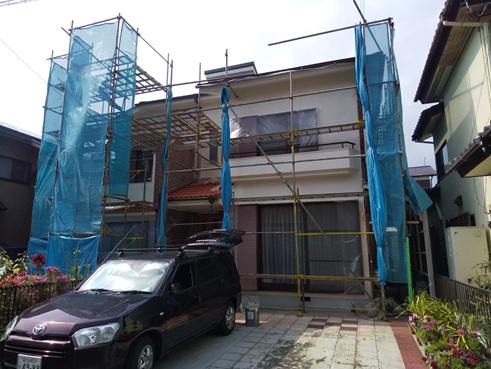 沼津市瓦屋根から雨漏り 金属屋根へ葺き替えと部分塗装で雨漏り解決