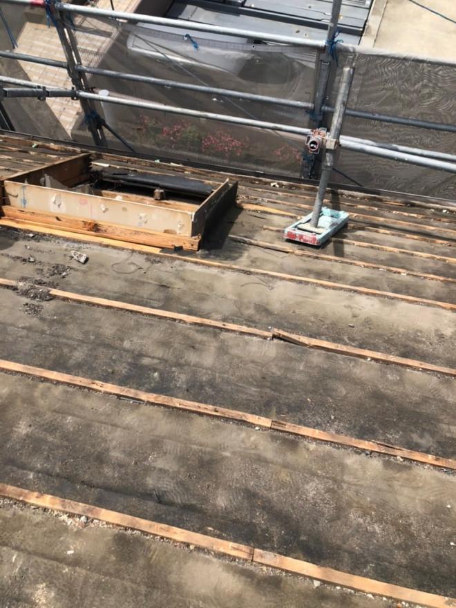 春日井市、雨漏り、トップライト、屋根葺き替え