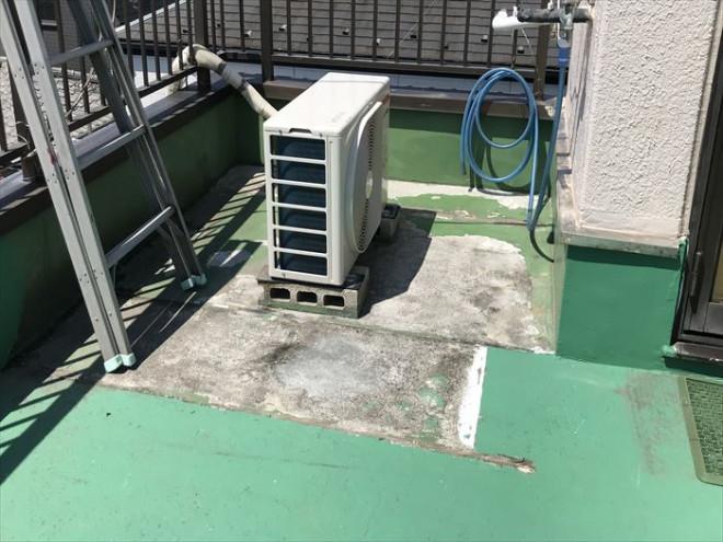 江戸川区北小岩にて陸屋根・バルコニーの防水層劣化に伴う雨漏りの補修調査を実施しました