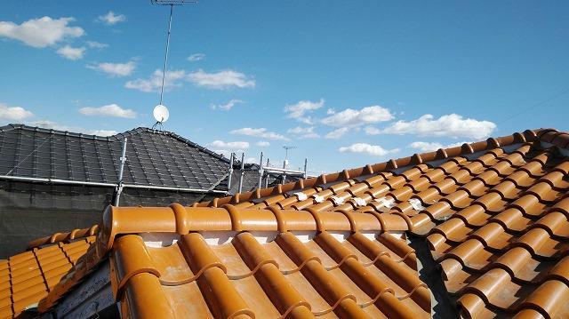 漆喰の詰め直しが完了した屋根