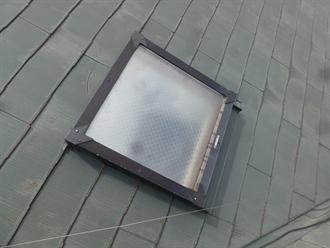 成田市飯田町にて新日軽の天窓(トップライト)からの雨漏り補修調査を実施