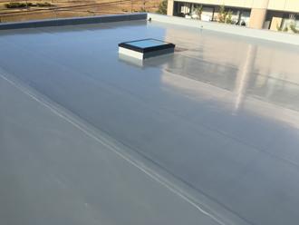 笠木交換工事と陸屋根のウレタン防水工事を行いました