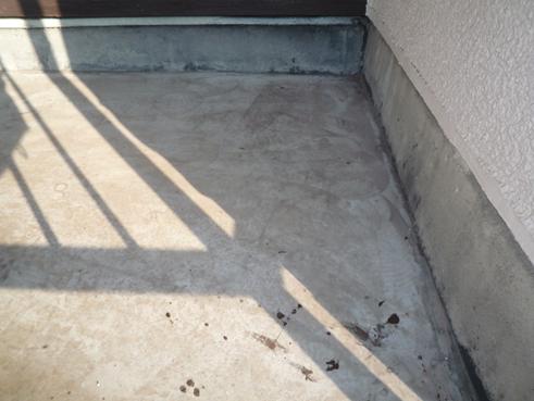 沼津雨漏りベランダシート防水劣化