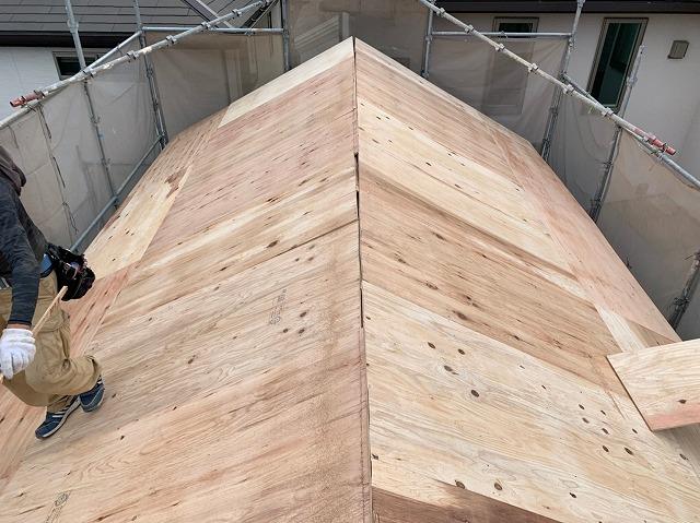 八尾市の蔵の屋根 下地工事