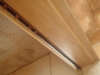 佐倉市王子台にてスレート屋根の劣化による雨漏りのご相談、屋根のメンテナンスは定期的に行いましょう