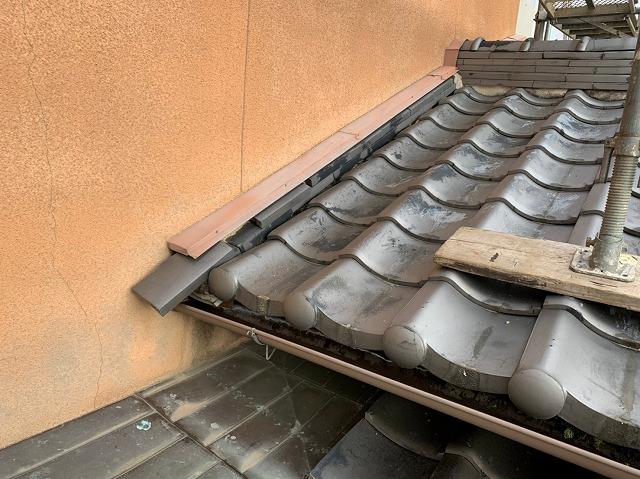 奈良市内で築30年日本瓦葺き屋根のズレ、ひび割れ 屋根の無料点検で発覚
