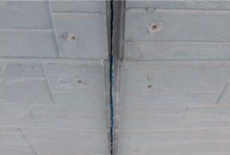 窯業系サイディングの外壁目地のシーリングの劣化によって生じた隙間