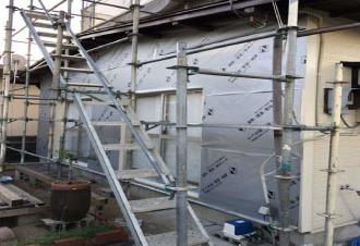 透湿防水シートの敷設
