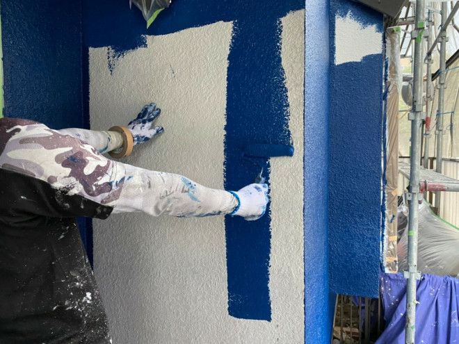 春日井市、外壁塗装、中塗り